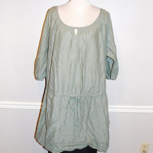 22 22w Old Navy Green Embroidered Keyhole Dress